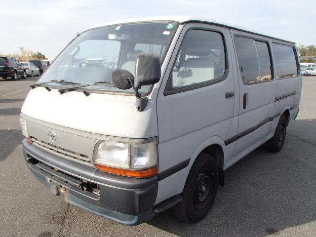 TOYOTA Hiace Van.