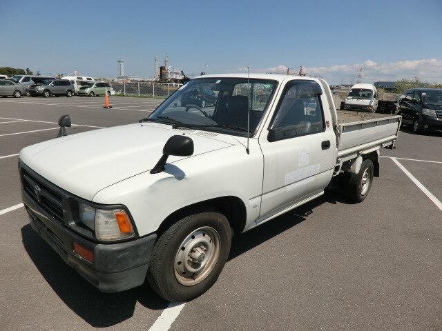 TOYOTA Hilux Truck