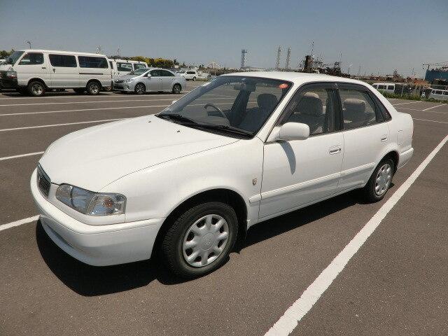 TOYOTA Sprinter Sedan