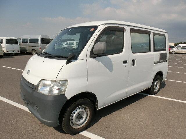TOYOTA Townace Van.