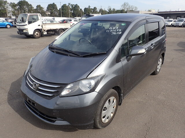 HONDA Freed.