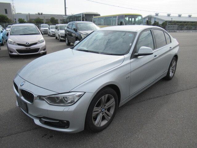 BMW / 3 Series