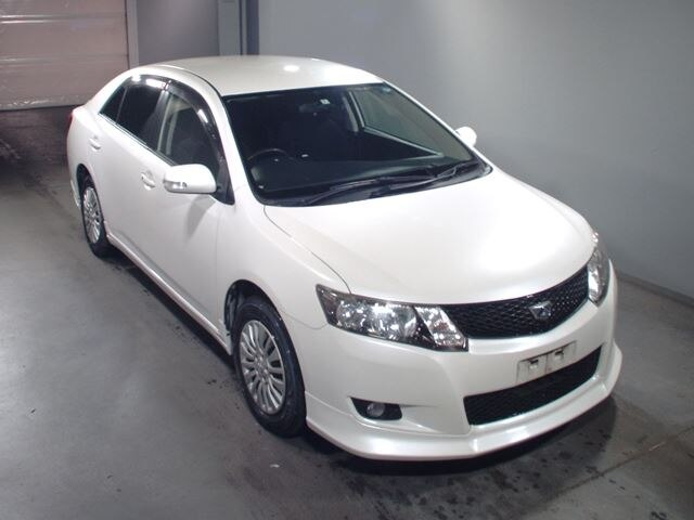 TOYOTA / Allion (DBA-ZRT260)