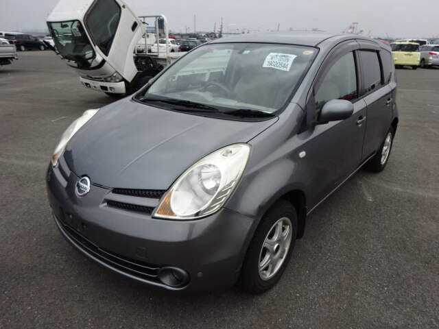NISSAN / Note (DBA-NE11)