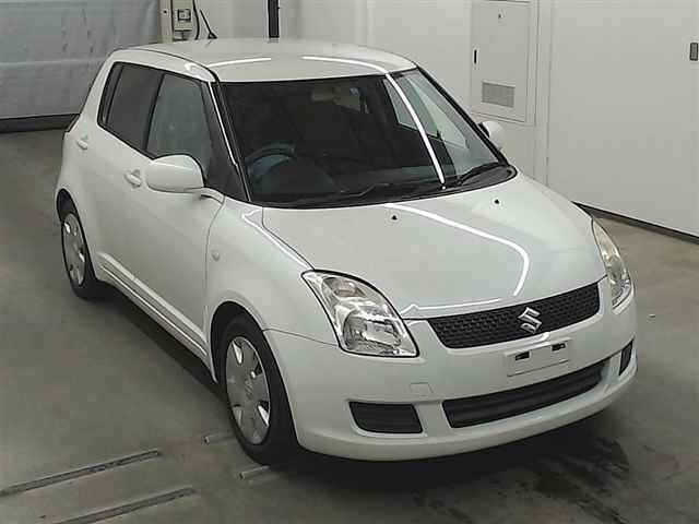 SUZUKI / Swift
