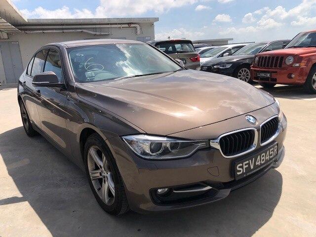 BMW / 3 Series (316i-SPORT)