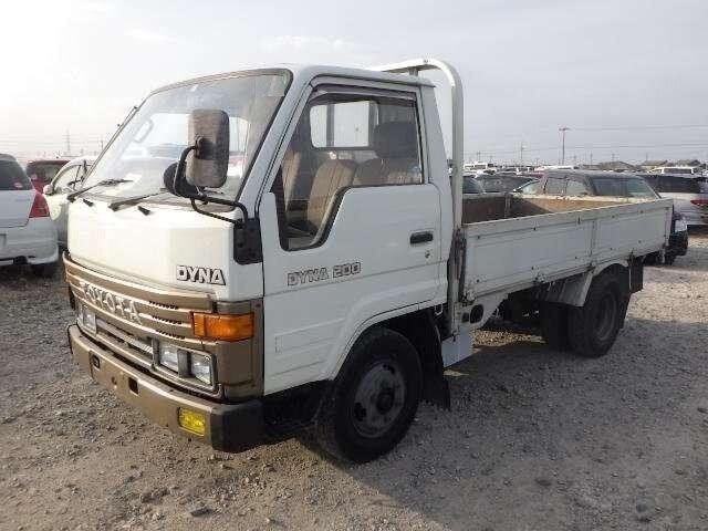 TOYOTA / Dyna Truck (0)