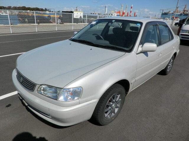 TOYOTA / Corolla Sedan/