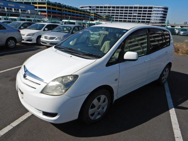 TOYOTA / Corolla Spacio (UA-NZE121N)