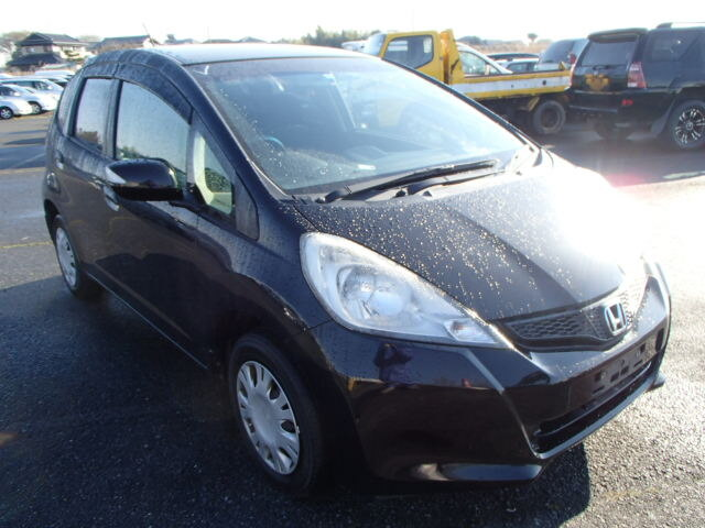 Cars for sale in Jamaica 2013 Used Honda Fit HTB $481,829