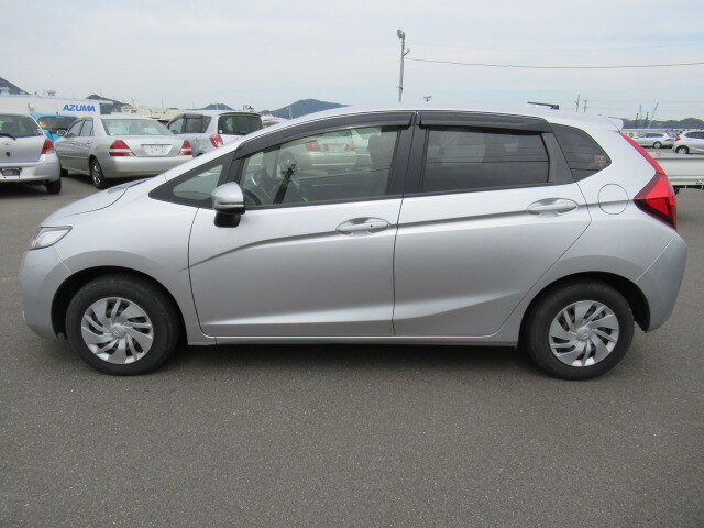 Cars for sale in Jamaica 2013 Used Honda Fit HTB $735,142