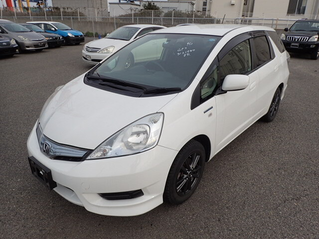 2013 New Import Honda Fit Shuttle Hybrid