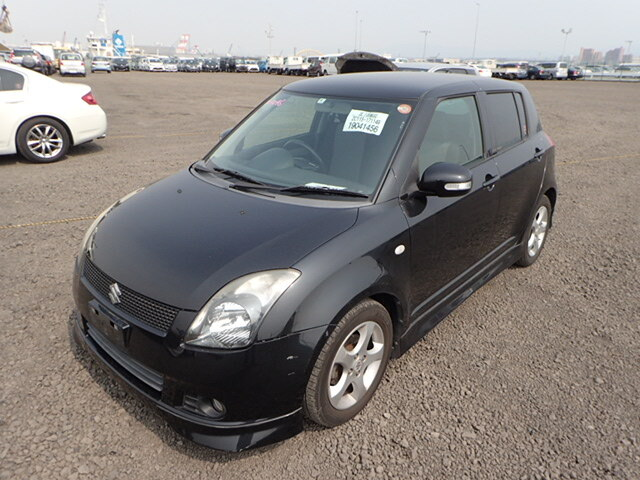 SUZUKI / Swift/ (DBA-ZC11S)
