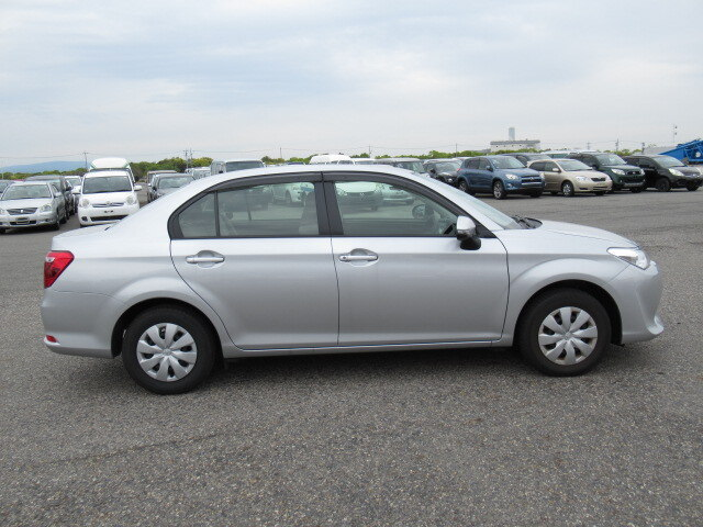 Cars for sale in Jamaica 2017 Used Toyota Corolla Axio SDN $1,169,295