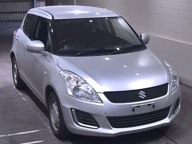SUZUKI / Swift (DBA-ZD72S)