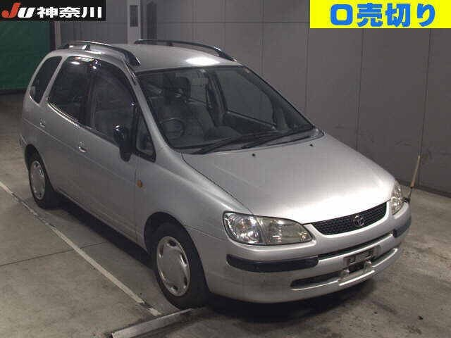 TOYOTA / Corolla Spacio (GF-AE111N)