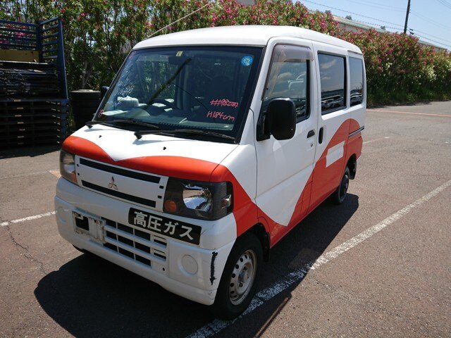 MITSUBISHI / Minicab Van (GBD-U61V)