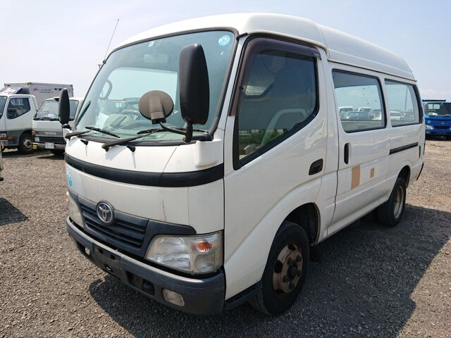 TOYOTA Toyoace Route Van.