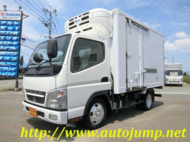 Mitsubishi Fuso / Canter (PDG-FE70BS)