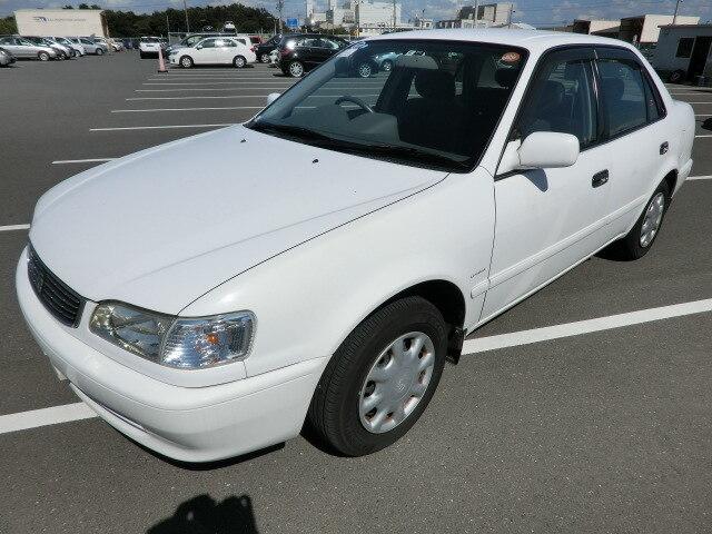 TOYOTA / Corolla Sedan (GF-EE111)