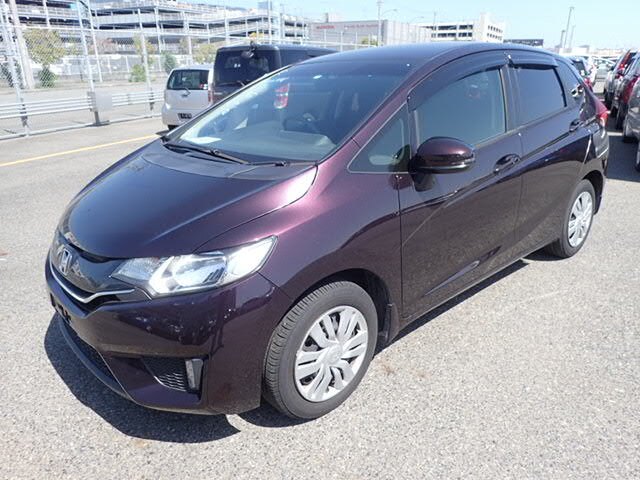 HONDA / Fit (DBA-GK5)