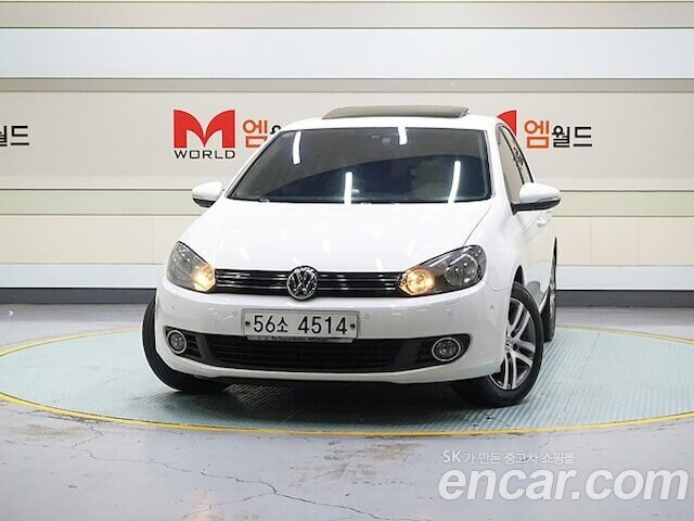 VOLKSWAGEN / Golf (0)