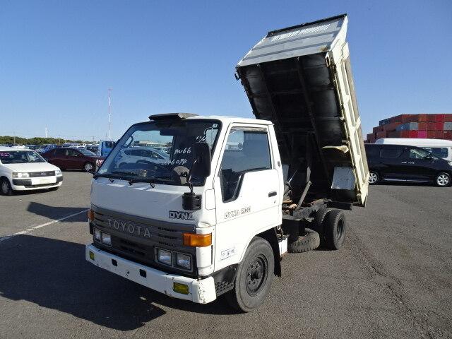 TOYOTA Dyna Truck