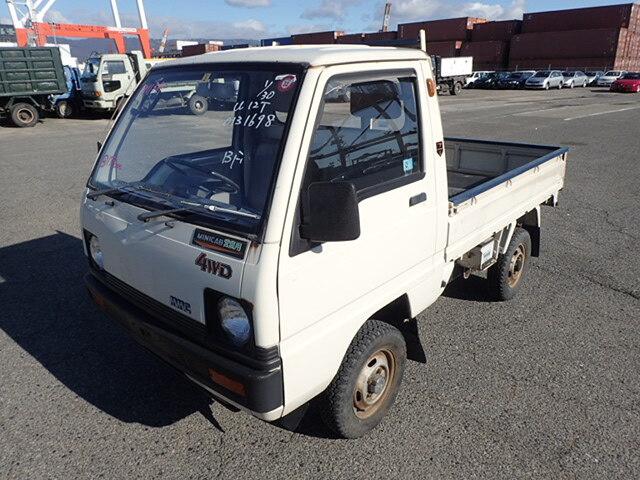 MITSUBISHI / Minicab Truck/ (M-U12T)