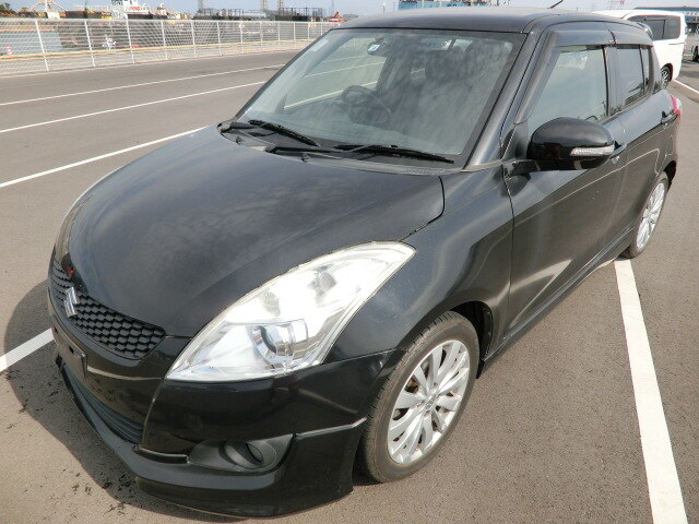 SUZUKI / Swift/ (DBA-ZC72S)