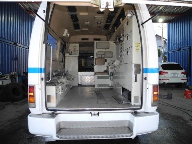 ISUZU / Elf Truck (KC-NPR71V)