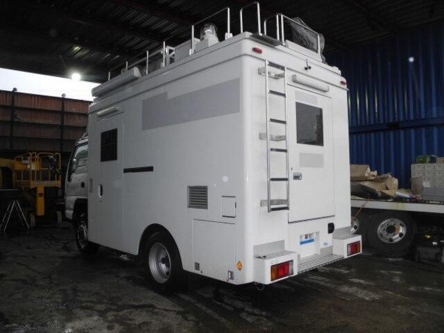 ISUZU / Elf Truck (PB-NKS81N)