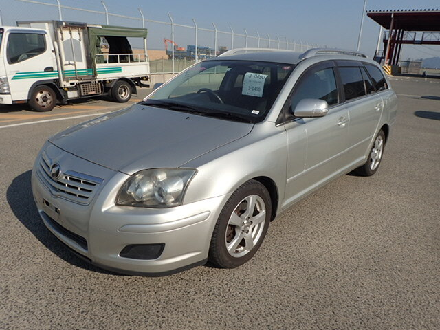 TOYOTA / Avensis Wagon (CBA-AZT250W)