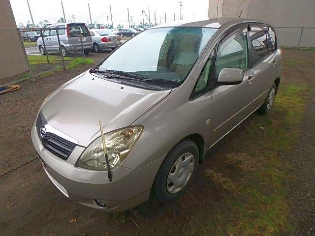 TOYOTA / Corolla Spacio (TA-NZE121N)