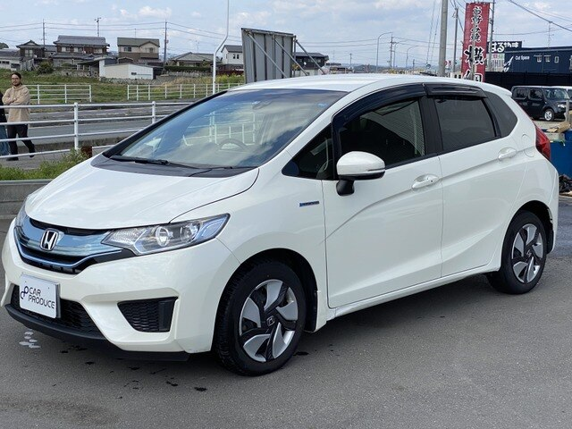 HONDA / Fit (DAA-GP5)