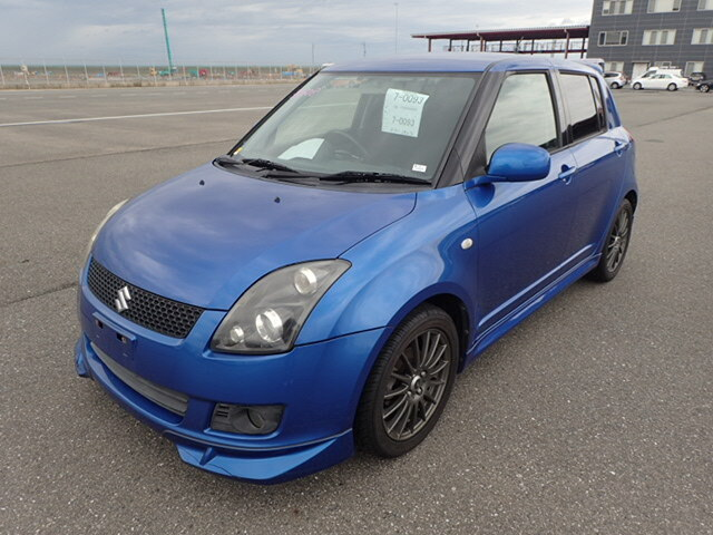 SUZUKI / Swift (DBA-ZC71S)