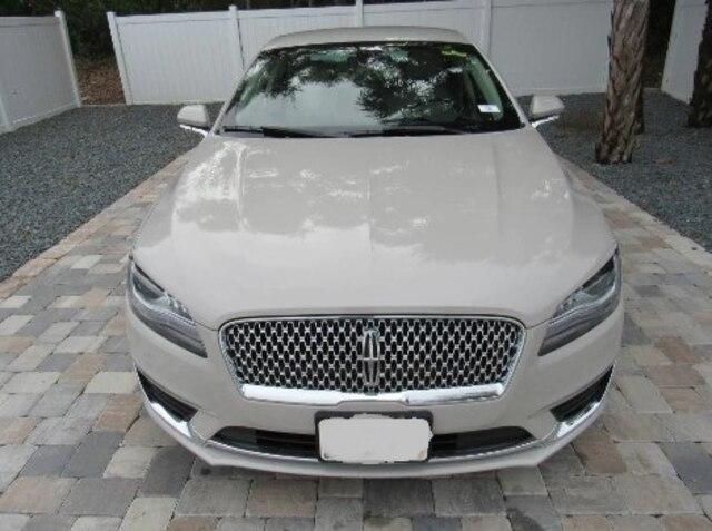 Lincoln MKZ.