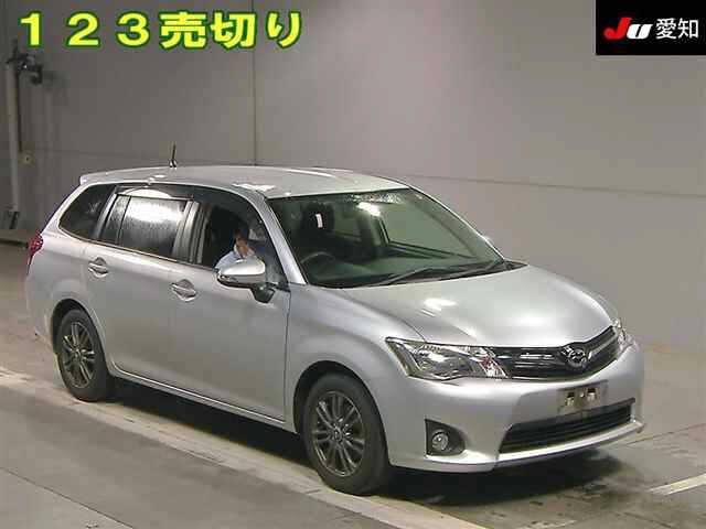 TOYOTA / Corolla Fielder (DBA-NZE161G)
