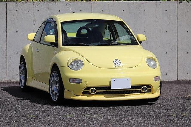VOLKSWAGEN New Beetle(