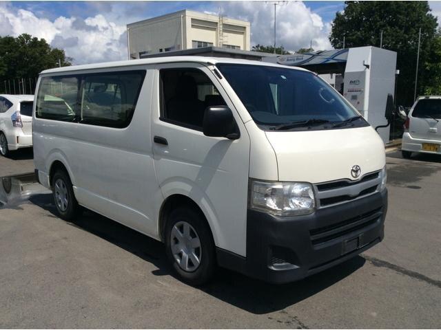 TOYOTA / Regiusace Van (TRH200V)