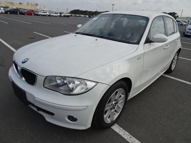 BMW / 1 Series (GH-UF18)