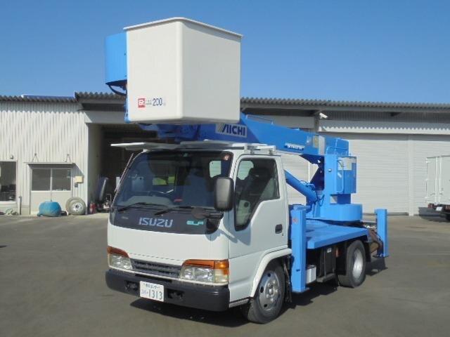ISUZU / Elf Truck (NKR71E)