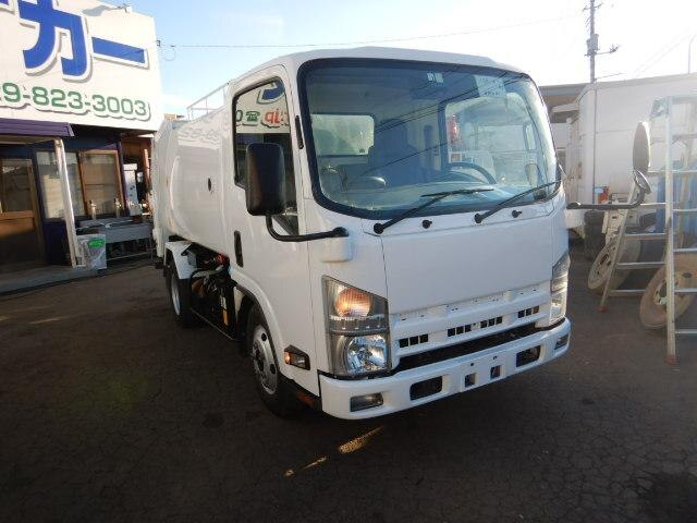 ISUZU / Elf Truck/ (NMR85N)