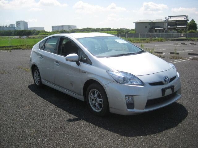 TOYOTA / Prius (-)