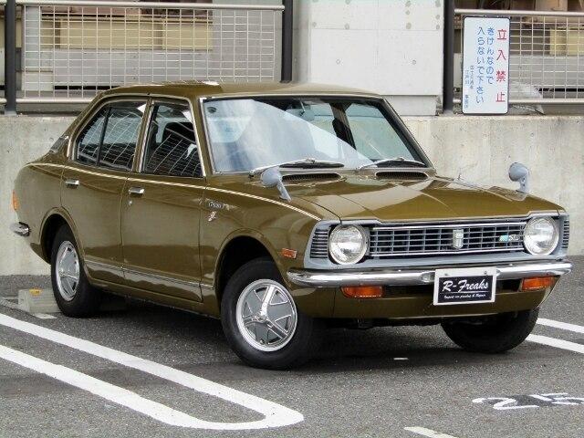 TOYOTA / Corolla Sedan (KE20)