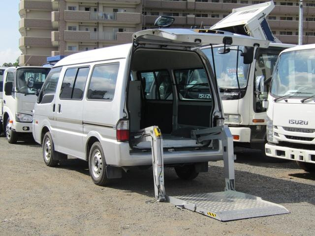 MAZDA / Bongo Van (SK82V)