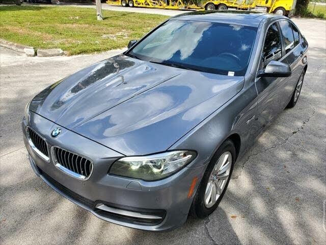 BMW / 5 Series (i4)