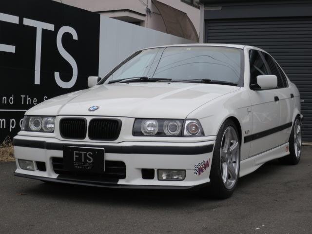 BMW / 3 Series (-)