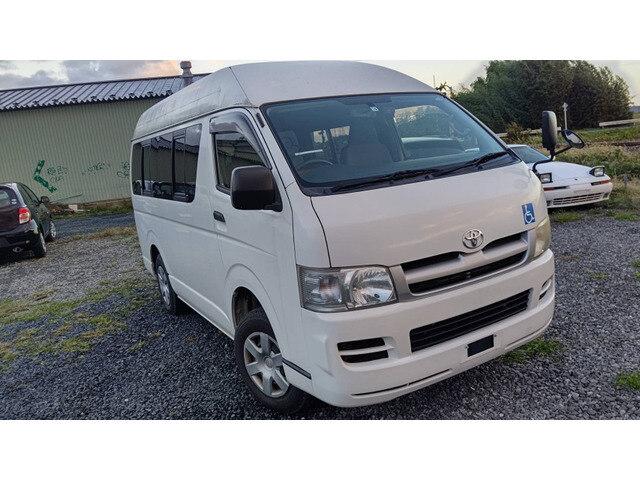 TOYOTA Regiusace Van(